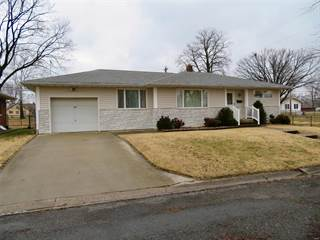 Single Family for sale in 1000 Berne Street, Highland, IL, 62249