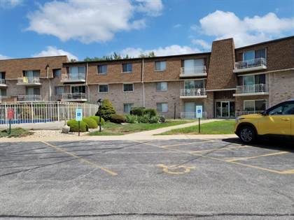Residential Property for sale in 3240 North Manor Drive 220, Lansing, IL, 60438