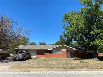 Residential Property for sale in 1417 Thompson Drive, Graham, TX, 76450