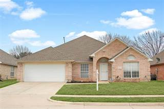 Single Family for sale in 5824 Clear Creek Drive, Fort Worth, TX, 76137