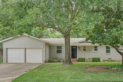 Residential Property for sale in 1301 Waggoner Drive, Arlington, TX, 76013