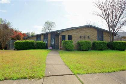 Residential for sale in 2962 Housley Drive, Dallas, TX, 75228