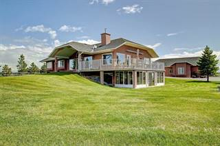 Single Family for sale in 226016 76 ST E, Calgary, Alberta