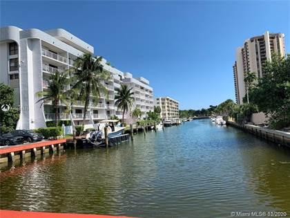 Residential Property for sale in 1650 NE 115th St 404, Miami, FL, 33181