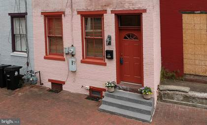 Residential Property for sale in 113 VINE STREET, Harrisburg, PA, 17104