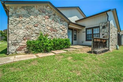 Residential for sale in 14150 Crossing Way East, Oklahoma City, OK, 73013