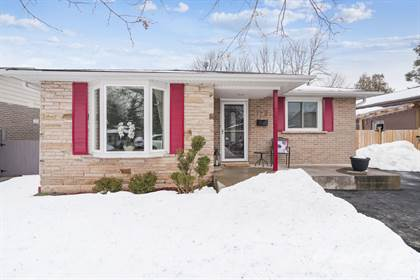 Residential Property for sale in 129 McCraney St W, Oakville, Ontario