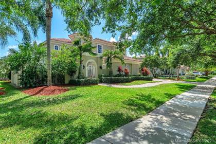 Residential for sale in 15516 SW 17th St, Davie, FL, 33326