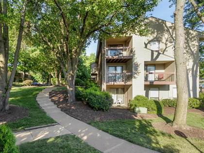 Apartment for rent in 1871 McKelvey Hill Dr, Maryland Heights, MO, 63043