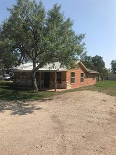 Residential Property for sale in 607 3rd Ave, Sterling City, TX, 76951