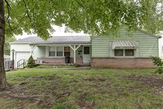 Single Family for sale in 1702 South Sagamont Avenue, Springfield, MO, 65807