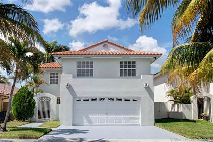 Residential for sale in 14931 SW 60th St, Miami, FL, 33193