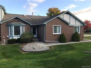 Condo for sale in 15708 HUNTCLIFF Drive 30, Greater Mount Clemens, MI, 48044