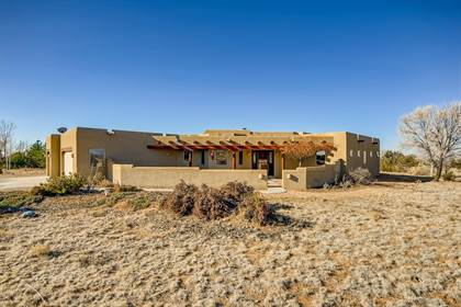 Residential Property for sale in 8 Azul Ct, Santa Fe, NM, 87508