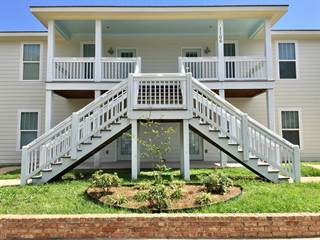 Townhouse for rent in 1106 32nd Ave, Gulfport, MS, 39501