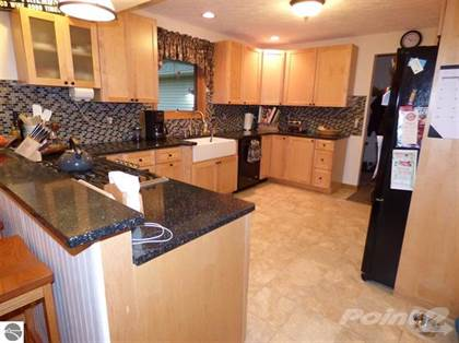 Residential Property for sale in 3710 Peninsular Shores, Grawn, MI, 49637