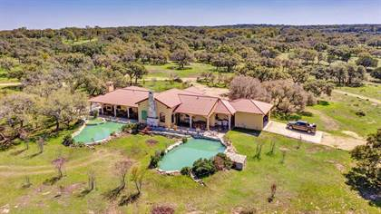 Residential Property for sale in 685 Byas Springs Rd W, Mountain Home, TX, 78058