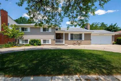 Residential Property for sale in 870 Blairmoor Ct, Grosse Pointe Woods, MI, 48236