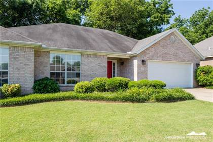 Residential Property for sale in 2669 Tulip  CT, Fayetteville, AR, 72701