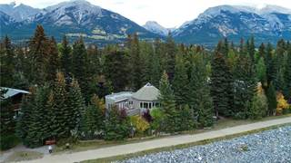 Single Family for sale in 805 2nd ST, Canmore, Alberta