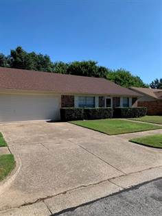Residential for sale in 4305 Middlebrook Drive, Arlington, TX, 76016