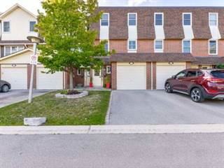 Condo for sale in 30 Heslop Rd 23, Milton, Ontario, L9T1B3
