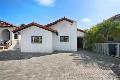 Residential for sale in 13622 SW 99th Ter, Miami, FL, 33186