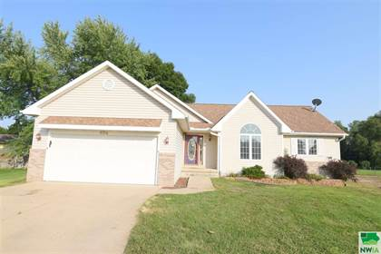 604 Gill Lane South Sioux City Ne 68776 Point2 Homes