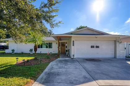 Residential Property for sale in 1911 MEADOW DRIVE, Clearwater, FL, 33765