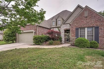 Single-Family Home for sale in 8221 S 69th E Ave , Tulsa, OK, 74133