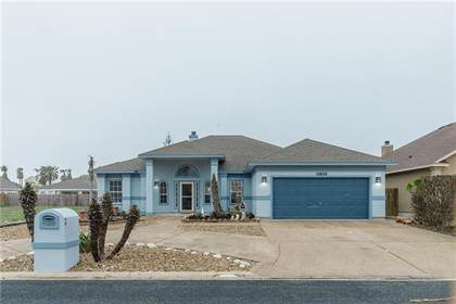 Residential Property for sale in 13834 Eaglesnest Bay Dr, Corpus Christi, TX, 78418