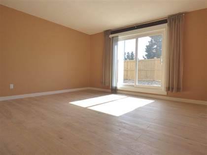 Single Family for sale in 3308 113 AV NW 129, Edmonton, Alberta, T5W5J8