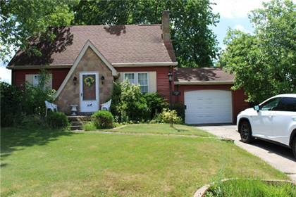 Residential Property for sale in 147 Wayne St, Lower Burell, PA, 15068