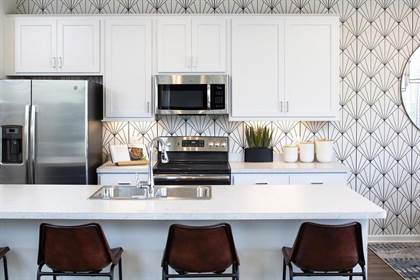Residential Property for sale in 2870 Lexington Place N Plan: Hudson, Roseville, MN, 55113