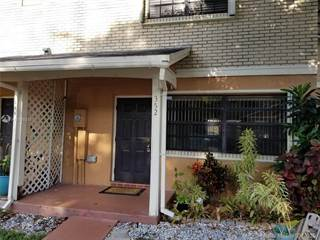 Townhouse for rent in 352 NW 103rd Ter 352, Pembroke Pines, FL, 33026