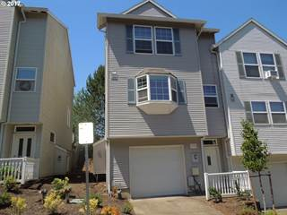 Townhouse for sale in 10495 SW COUGAR LN, Beaverton, OR, 97008