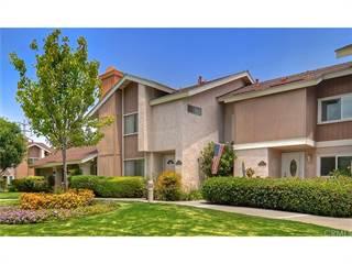 Condo for sale in 18 Goldenbush 40, Irvine, CA, 92604