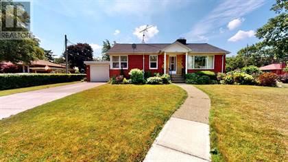 Single Family for sale in 209 HENKEL, Windsor, Ontario, N8Y2E8