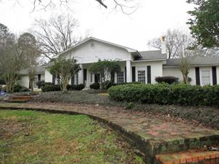 Single Family for sale in 801 S 4th St., Collins, MS, 39428