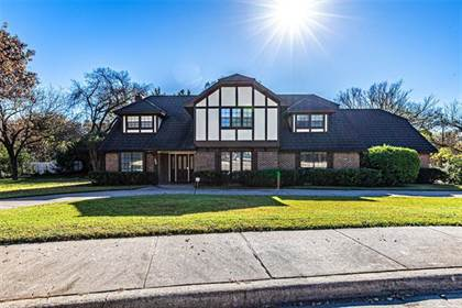 Residential for sale in 906 Thistle Green Lane, Duncanville, TX, 75137