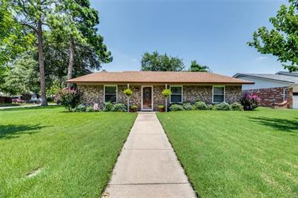 Residential Property for sale in 1723 Windsor Drive, Arlington, TX, 76012