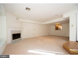 Townhouse for sale in 223 E DUTTS MILL WAY, West Chester, PA, 19382