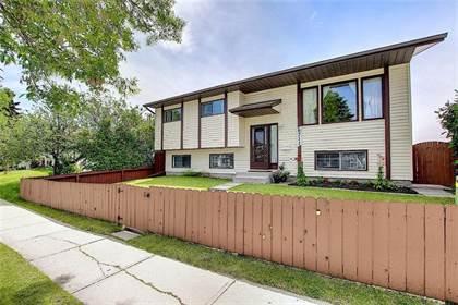 Single Family for sale in 6711 43 AV NE, Calgary, Alberta