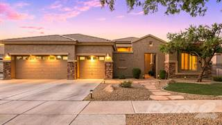 Residential for sale in 302 W Macaw Drive, Chandler, AZ, 85286