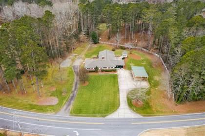 Residential for sale in 15905 Thompson Road, Alpharetta, GA, 30004