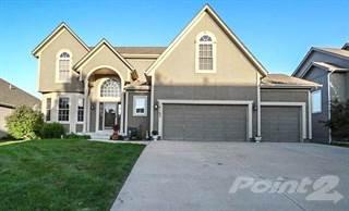 Residential Property for sale in 16163 S Laurelwood St, Olathe, KS, 66062