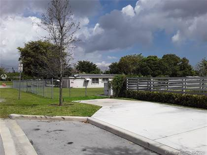 Residential Property for sale in 11892 SW 214th St, Miami, FL, 33177