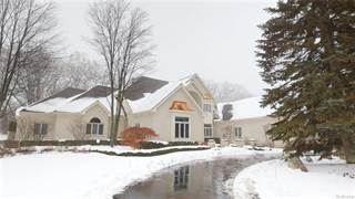 Single Family for sale in 1970 Oak Pointe Drive, Rochester Hills, MI, 48306