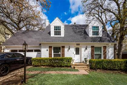 Residential for sale in 5263 Meadowbrook Drive, Fort Worth, TX, 76112