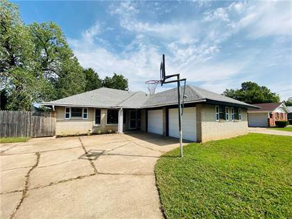 Residential for sale in 1209 NW 104th Terrace, Oklahoma City, OK, 73114